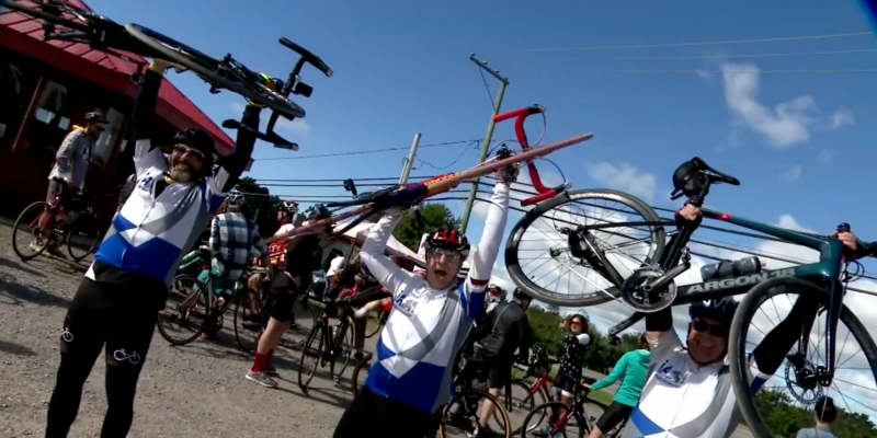 Un succès pour la 4e édition du Cyclo Tour de l'Île d'Orléans !
